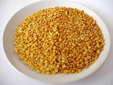 Red Gran,Kandi Pappu,Tur Dal - Both before dry roasting and after dry roasting photo of the toor dal