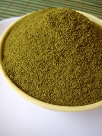 home-made-henna-powder