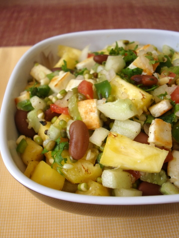 pineapple-vegetable-paneer-salad