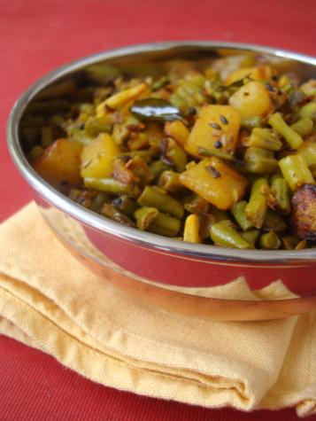 yard-long-beans-potato-fry
