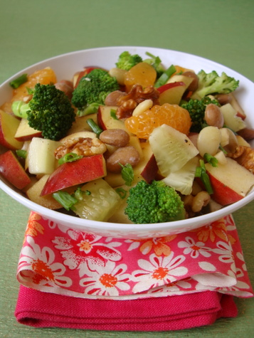 apple-broccoli-cucumber-salad