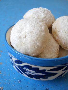 snowballs-russian-tea-cakes