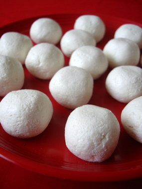 chenna-balls