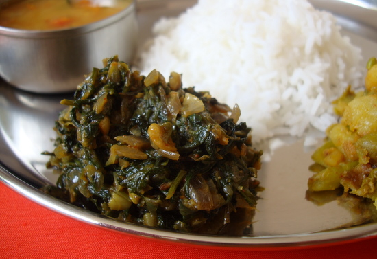 Palakura vepudu spinach stir fry 2 indian food recipes main ingredients forumfinder Image collections