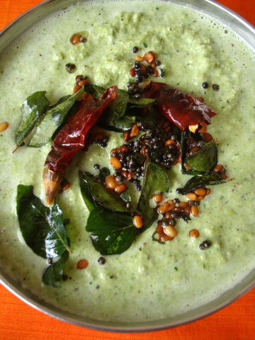 Pudina Kobbari Pachadi for Idli, Dosa and Vada