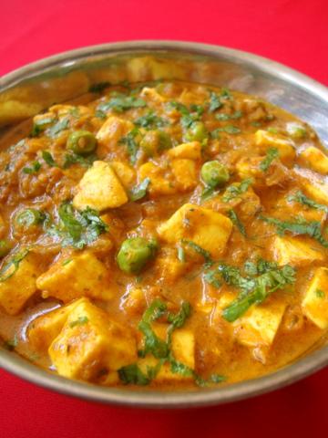 recipe: aloo matar paneer (simmered potatoes with peas and paneer) [17]