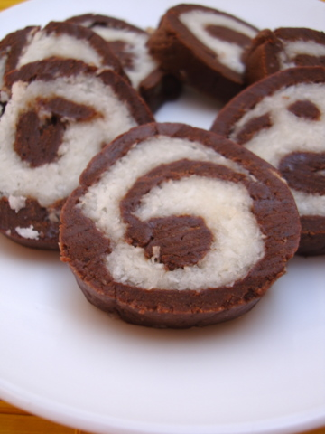 Recipe Of Eggless Chocolate Cake Roll