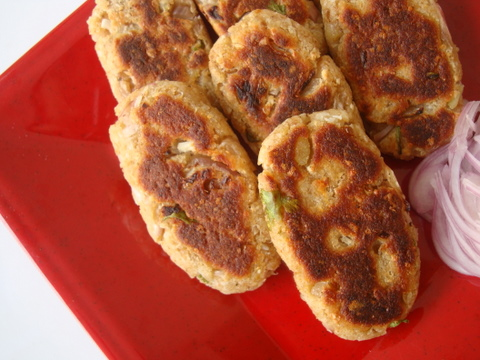 Quick whole wheat bread cutlets recipe aloo bread tikkis quick bread cutlets forumfinder Choice Image