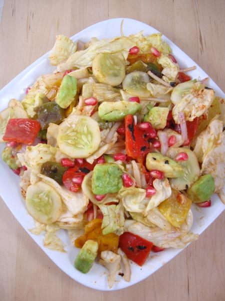 detox-foods-lettuce-salad