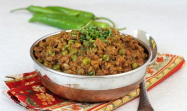 mincemeat peas curry