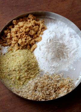 gujiya preparation