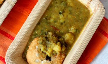 aloo ki sabzi with kachori