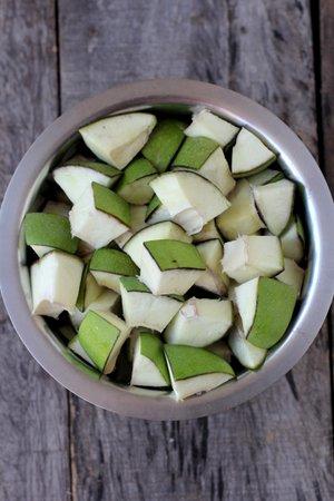 green mango pieces