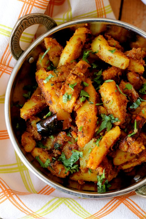 pahari aloo recipe