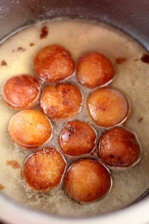 make gulab jamun sugar syrup