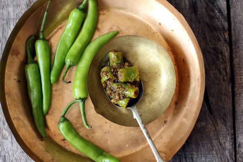 green chilli pickle recipe north indian
