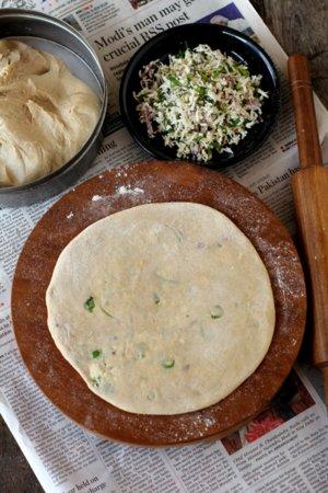 paneer paratha making