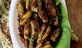 gutti dondakaya recipe, stuffed ivy gourd made with curry powder, perfect with rice or roti