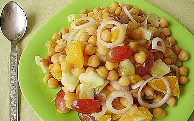 kabuli channa fruits salad - Fruit Chaat